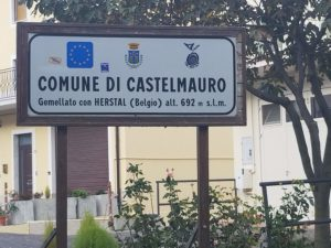 Castelmauro sign